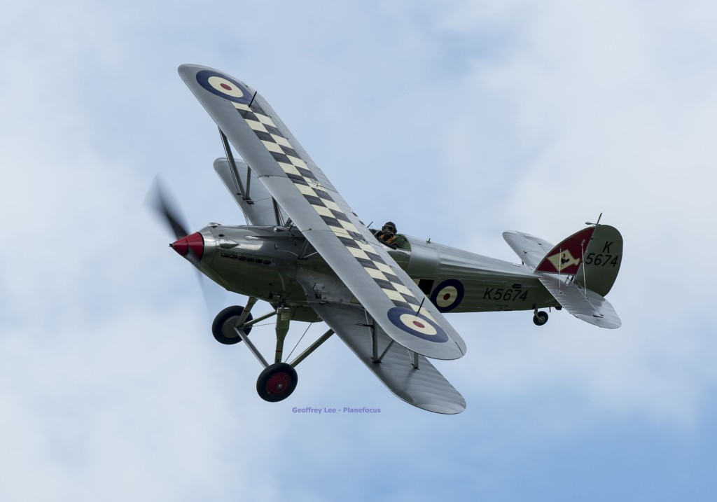 Wing to Wing with a Hawker Fury MKI