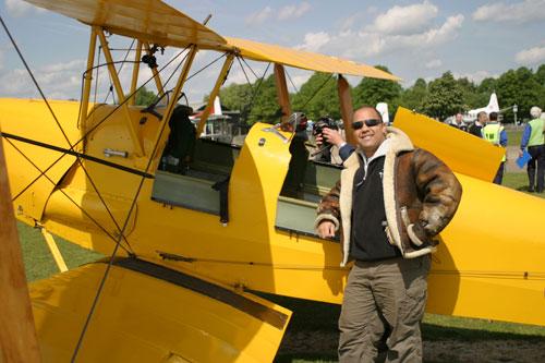 fe4fc86ce Tiger Moth : 15 minute flight lesson ~ Weekday Flights £149, Weekend  Flights £169